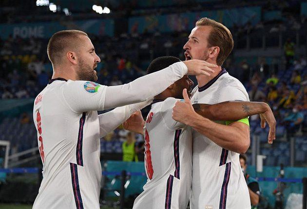 Fotbalisté Anglie skvěle rozehráli čtvrtfinále EURO proti Ukrajině. Brzy slavili vedoucí gól, mezi střelce se zapsal Harry Kane.
