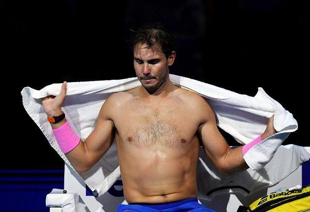 Španělský tenista Rafael Nadal v akci na Turnaji mistrů.