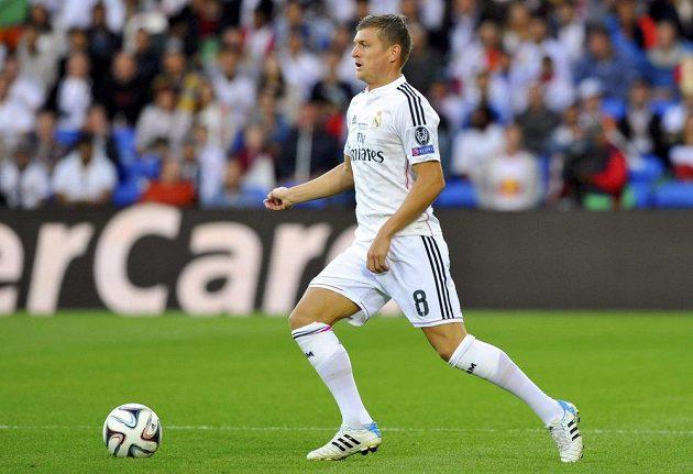 Německá posila záložní řady Realu Madrid Toni Kroos.