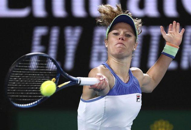 Německá tenistka Laura Siegemundová během utkání s Karolínou Plíškovou na Australian Open.