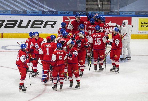 Český tým slaví vítězství nad Slovenskem