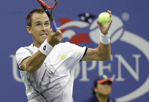 Lukáš Rosol během úvodního kola US Open, v němž Čech narazil na Andyho Murrayho.