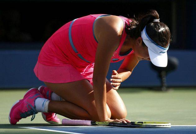Pcheng Šuaj z Číny ze semifinále US Open s Dánkou Caroline Wozniackou odstoupila pro zdravotní trable.