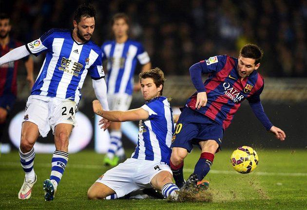 Ani střídající Argentinec Lionel Messi Barcelonu na hřišti Realu Sociedad nespasil.