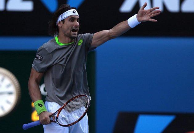 David Ferrer v utkání proti Tomáši Berdychovi.