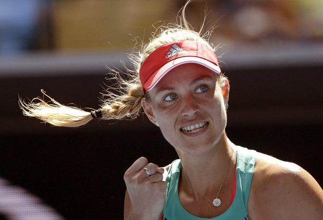 Němka Angelique Kerberová během utkání s krajankou Beckovou v osmifinále Australian Open.