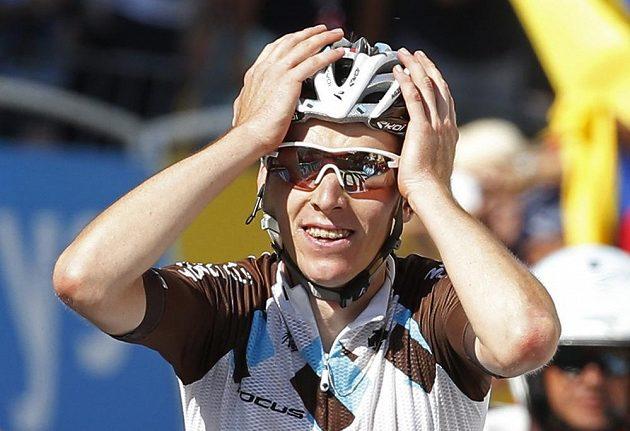Romain Bardet slaví etapový vavřín.
