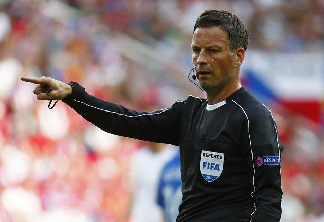 Zkušený anglický rozhodčí Mark Clattenburg řídil zápas mezi Českem a Chorvatskem.