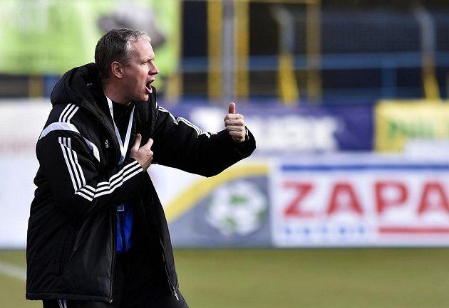 Trenér Olomouce Václav Jílek během utkání v Jihlavě.
