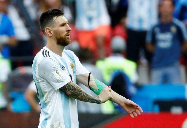 Argentina na MS 2018 dohrála v osmifinále. Fanoušci konec oplakali, zklamaný byl jistě i Lionel Messi, lídr národního týmu.