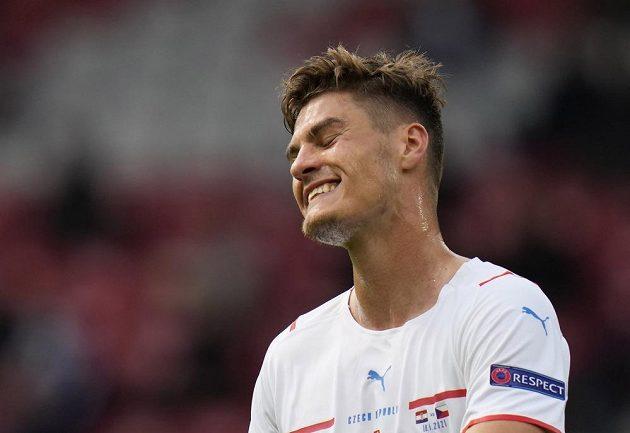 Reprezentační útočník Patrik Schick běhemu tkání s Chorvatskem na EURO.