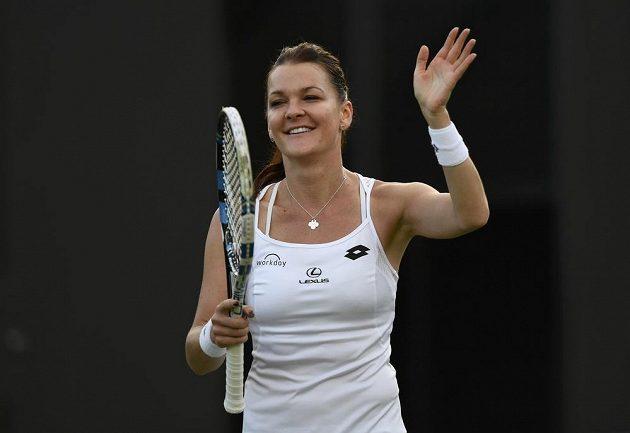 Polská tenistka Agnieszka Radwaňská se raduje z vítězství nad Kateřinou Siniakovou.