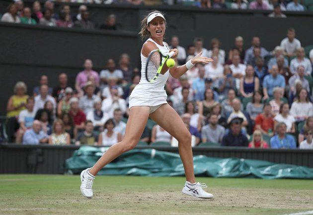 Britka Johanna Kontaová během čtvrtfinále Wimbledonu.
