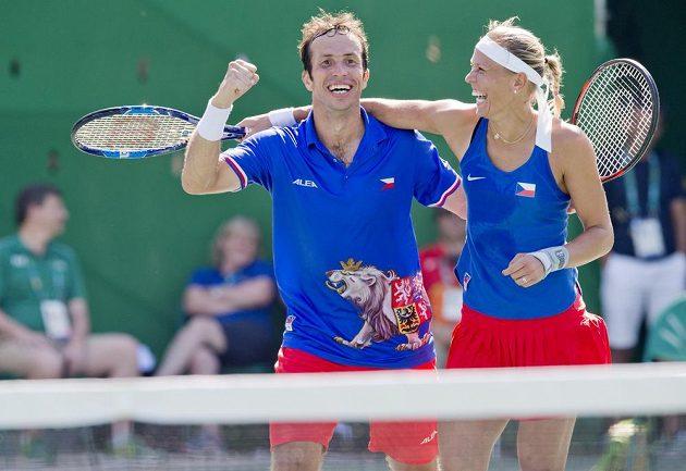 Radek Štěpánek a Lucie Hradecká už vědí, že získali bronz.