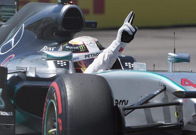 Lewis Hamilton si v Kanadě vyjel pole position.
