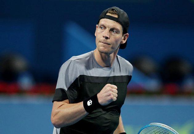 Je to tam. Vítězná série českého tenisty Tomáše Berdycha se po návratu na kurty opět protáhla.