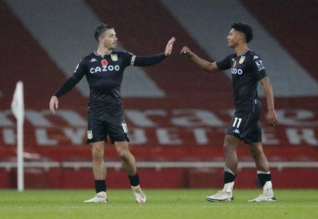 Útočník Aston Villy Ollie Watkins se po nedělní překvapivé výhře 3:0 v anglické lize na hřišti Arsenalu rozplýval nad tím, jak dvěma góly pomohl porazit tým, kterému odmalička fandí.