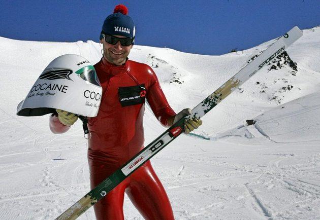 Radek Čermák po překonání světového rekordu na běžkách.