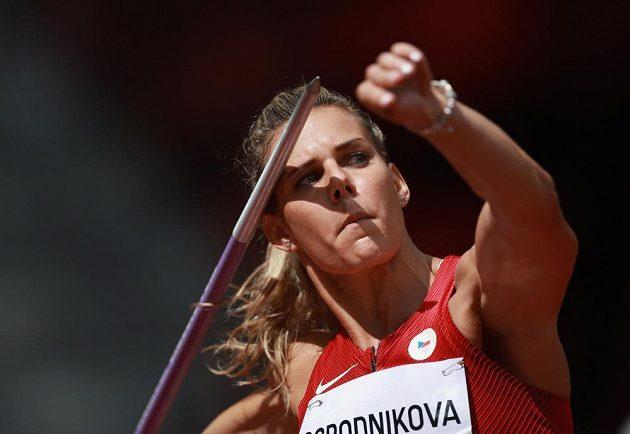 Nikola Ogrodniková v kvalifikaci oštěpařek.