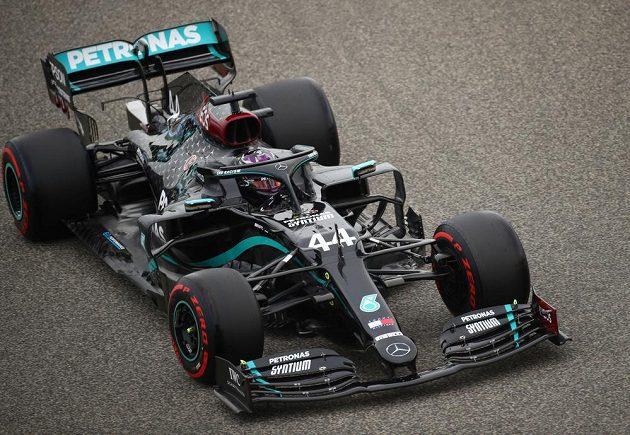 Kvalifikaci na Velkou cenu Bahrajnu formule 1 vyhrál Lewis Hamilton.