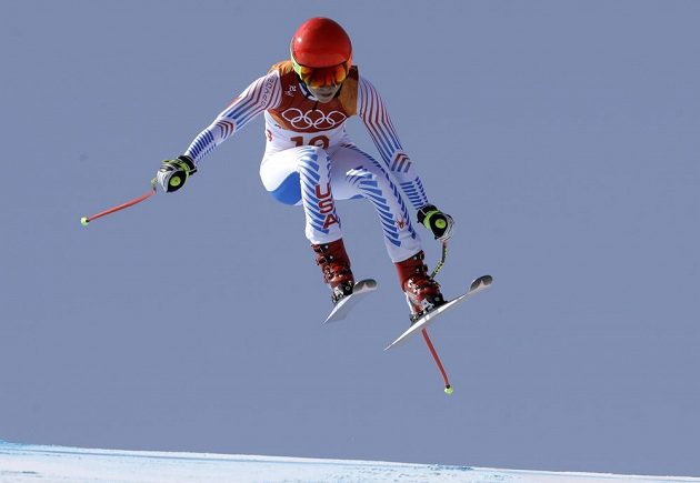 Americká lyžařka Mikaela Shiffrinová během kombinačního sjezdu.