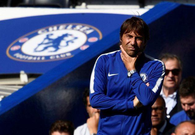 Antonio Conte, trenér Chelsea v utkání provního kola Premier League.