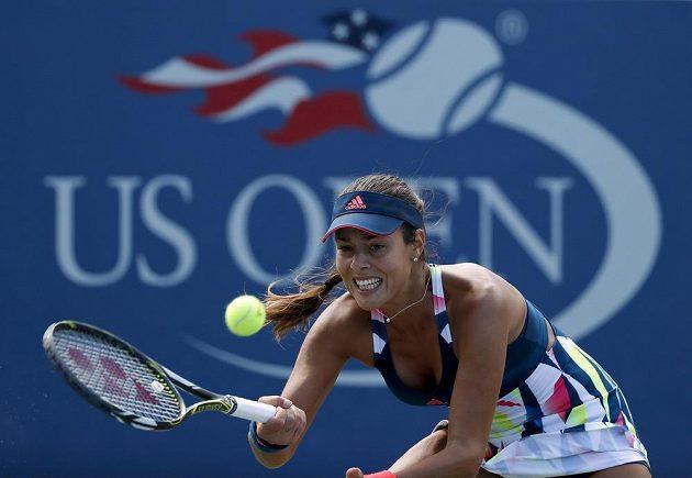 Srbská tenistka Ana Ivanovičová v zápase s Denisou Allertovou v prvním kole US Open.