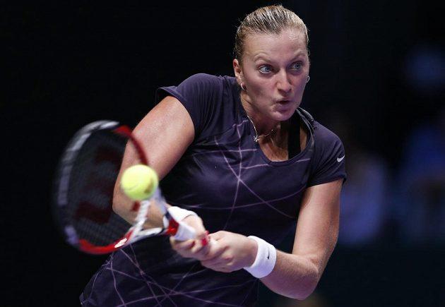 Tenistce Petře Kvitové vstup do Turnaje mistryň vyšel. Polku Agnieszku Radwaňskou zdolala ve dvou setech.