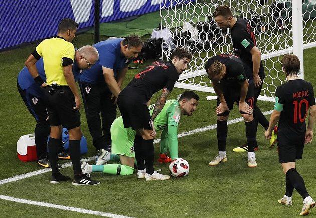 Brankář Chorvatska Daniel Šubašic byl několikrát v závěru utkání ošetřován.