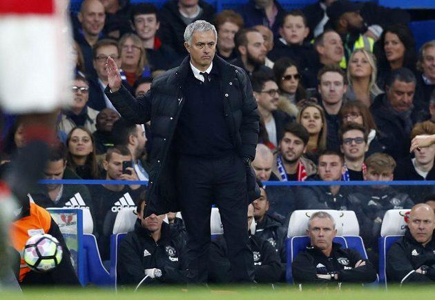 Návrat na Stamford Bridge se Josému Mourinhovi nevydařil.