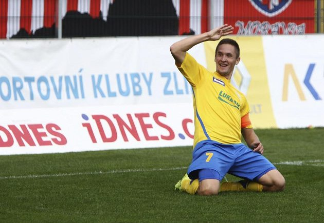 Lukáš Železník ze Zlína po vstřeleném gólu do sítě Zbrojovky Brno.