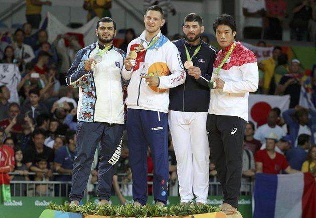 Olympijští medailisté v judu v kategorii do 100 kg (zleva) Elmar Gasimov, Lukáš Krpálek, Cyrille Maret a Ryunosuke Haga.