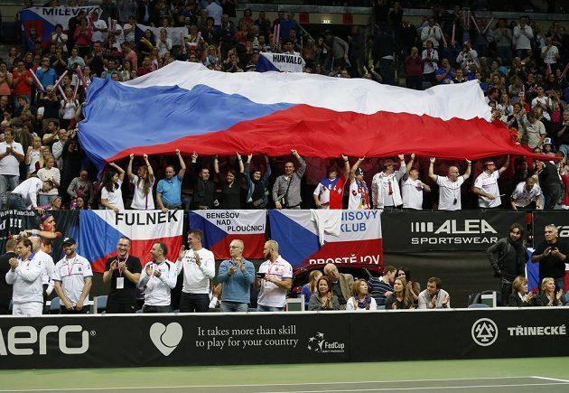 České tenistky se ve finále Fed Cupu mohly spolehnout na skvělé publikum.