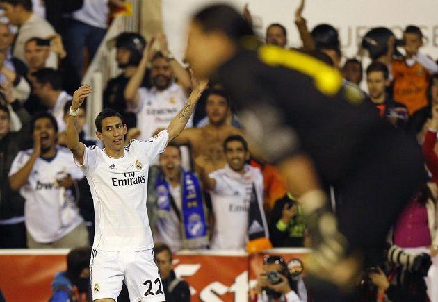 Argentinec Ángel di María se ve středečním finále Španělského poháru proti Barceloně zasloužil o vedoucí gól Realu Madrid.