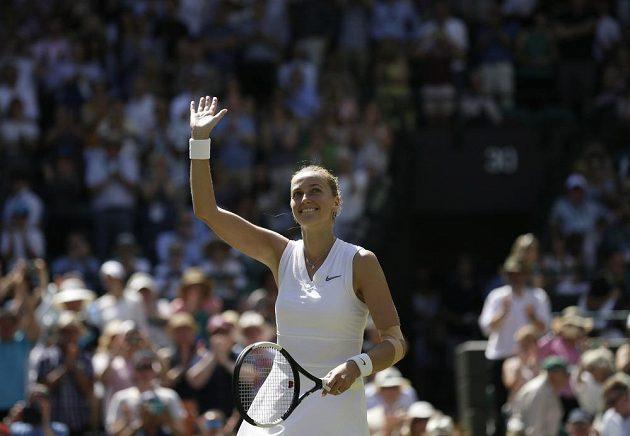 Dvojnásobná šampionka Petra Kvitová a její radostné gesto.