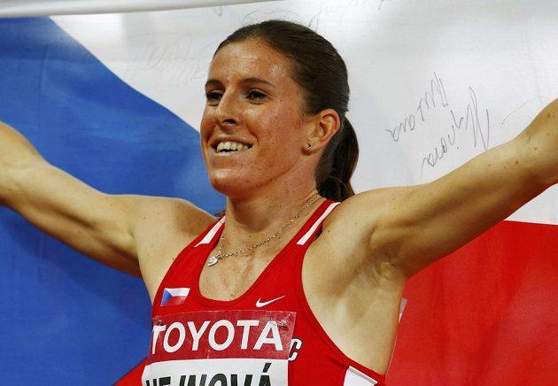 Zuzana Hejnová v cíli finále na 400 m překážek při MS v Pekingu.