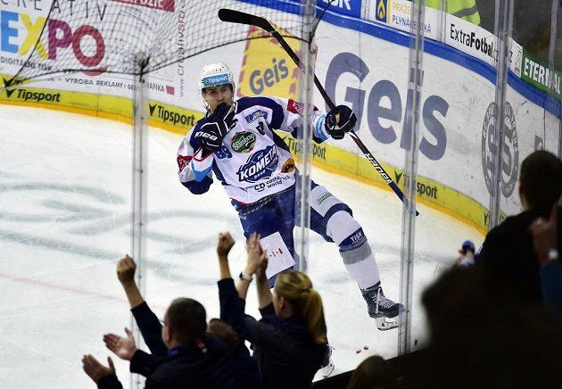 Martin Nečas z Brna se raduje z gólu proti Spartě.