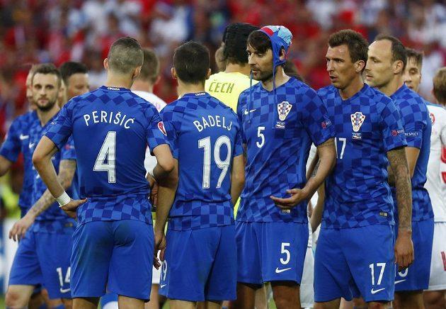 Fotbalisté Chorvatska proti reprezentaci na ME prohospodařili dvougólový náskok.