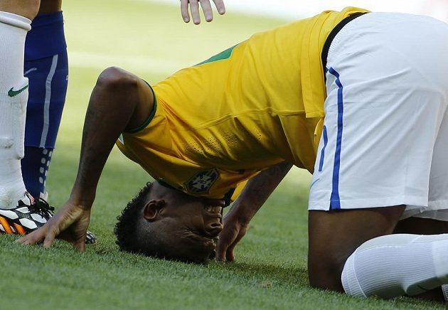 Brazilec Jo během osmifinále MS proti Chile.