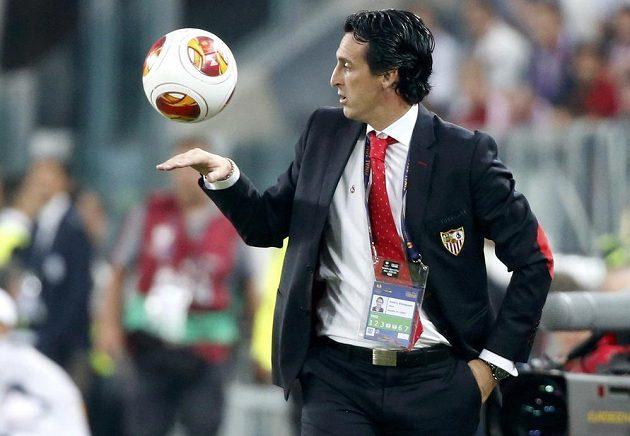 Kouč FC Sevilla Unai Emery ve finále EL.