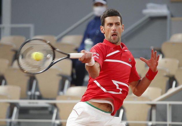 Novak Djokovič bojoval o finále French Open se Stefanosem Tsitsipasem