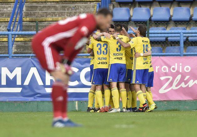 Fotbalisté Zlína se radují z gólu v nadstavbové části nejvyšší soutěže ve skupině o Evropu.