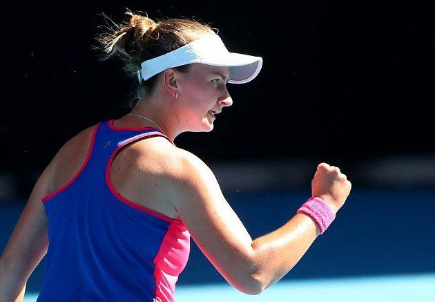 Česká tenistka Barbora Krejčíková během finále čtyřhry na Australian Open.