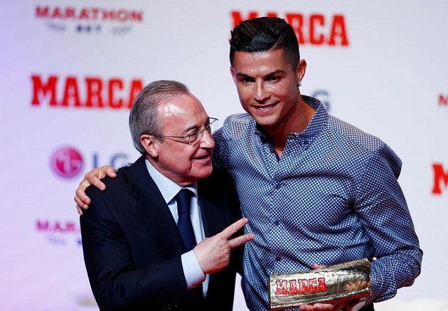 Fanoušci Realu Madrid by rádi viděli Cristiana Ronalda opět v dresu Bílého baletu. Prezident Realu Florentino Pérez předával ale v Madridu hráči pouze cenu pro sportovní legendy.
