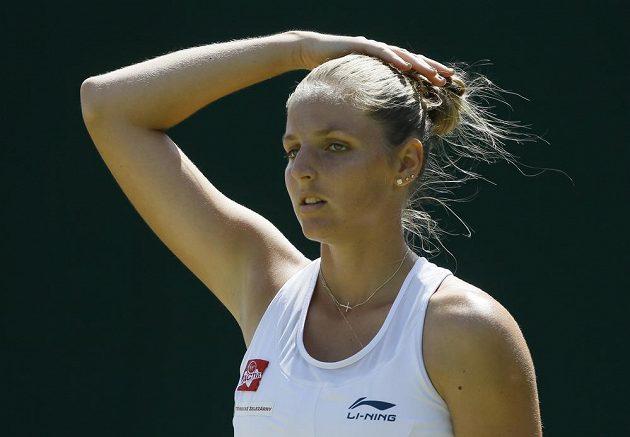 Česká tenistka Kristýna Plíšková v zápase 3. kola Wimbledonu s Rumunkou Monicou Niculescuovou.