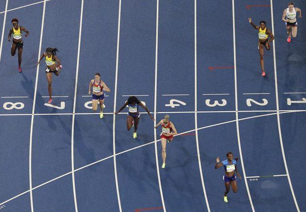 Zuzana Hejnová (v šesté dráze) doběhla ve finále závodu na 400 metrů čtvrtá.