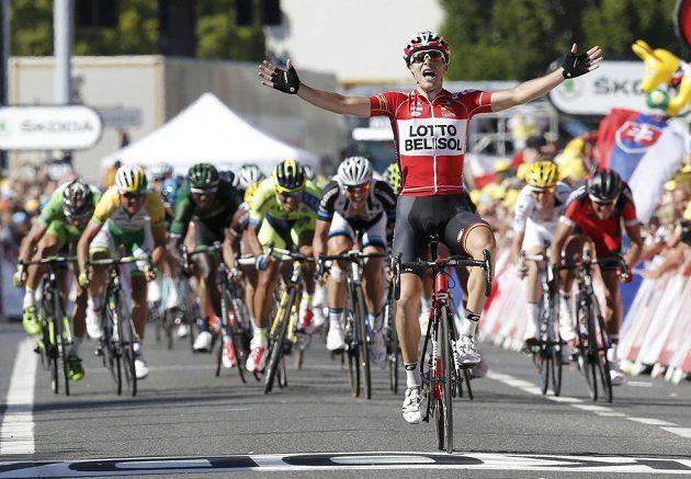 Tony Gallopin v cíli 11. etapy udržel těsný náskok před pronásledovateli.