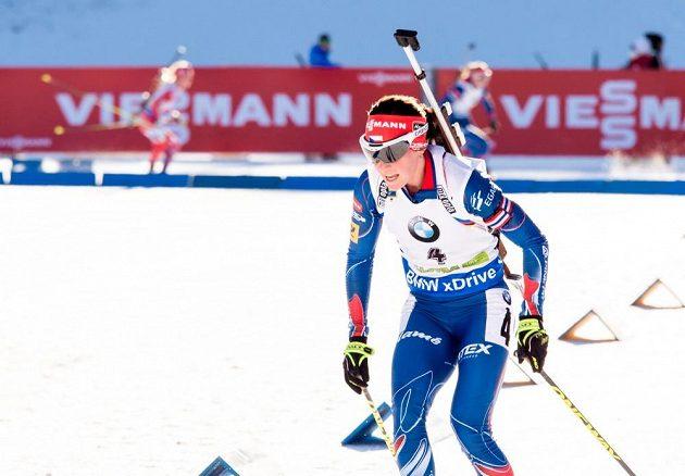 Veronika Vítková během sobotního stíhacího závodu ve slovinské Pokljuce.