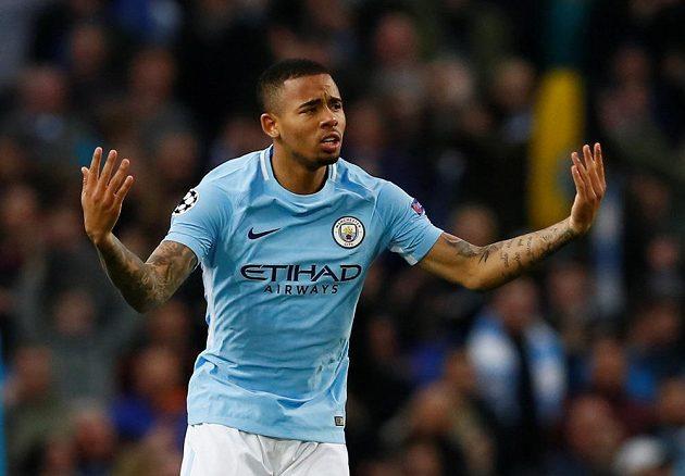 Gabriel Jesus z Manchesteru City slaví gól, který vstřelil do sítě Liverpoolu v odvetě čtvrtfinále Ligy mistrů.