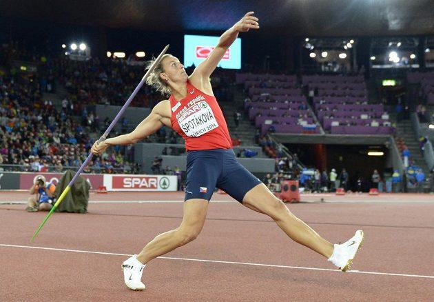 Barbora Špotáková během finále oštěpařek.